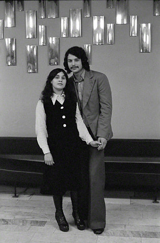 1975+